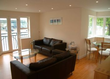 Thumbnail 2 bed flat to rent in Town Centre, Crawley, West Sussex