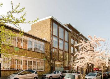 Thumbnail 3 bed flat to rent in Old Nichol Street, Shoreditch