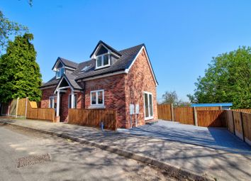 Thumbnail 2 bed detached house for sale in Starthe Bank, Heanor, Derbyshire