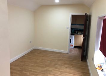 1 bed flat to rent in Rawden Place, Riverside, Cardiff CF11