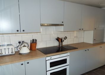 Thumbnail 4 bed property to rent in New City Road, London