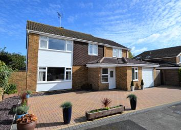 Thumbnail 5 bed detached house for sale in Purbeck Close, Aylesbury