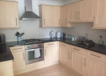 Thumbnail 2 bed flat to rent in Gales Drive, Crawley