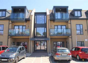 Buxton Drive, Bexhill-On-Sea TN39. 2 bed flat for sale