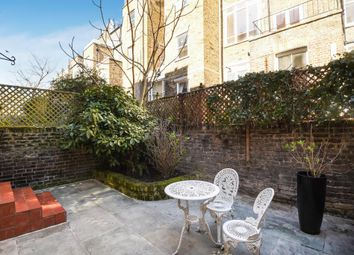 Thumbnail 1 bed flat to rent in Campden Grove, Kensington