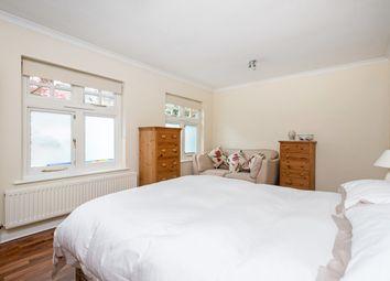 Thumbnail 1 bedroom flat to rent in Essex Lodge, Osborne Road, Windsor