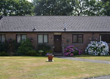 Thumbnail 1 bedroom flat for sale in Silchester Road, Pamber Heath, Tadley