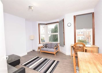 Thumbnail 1 bed flat to rent in Squires Lane, Finchley, London