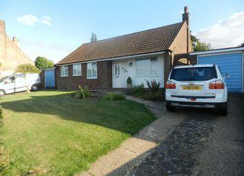 Thumbnail 3 bed detached bungalow to rent in Park Road, Toddington, Dunstable