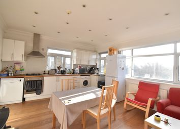 Thumbnail 1 bed town house to rent in Queens Drive, London