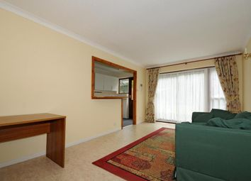 Thumbnail 1 bed flat to rent in Sunningdale, Berkshire