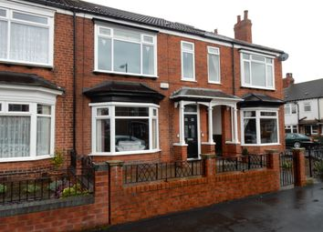 Thumbnail 3 bed terraced house to rent in Shaftesbury Avenue, Hull