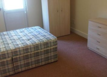 Thumbnail 2 bed flat to rent in Clapham Common North Side, Clapham Common, Wandsworth