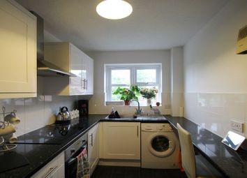 Thumbnail 2 bedroom property to rent in Knowles Close, West Drayton