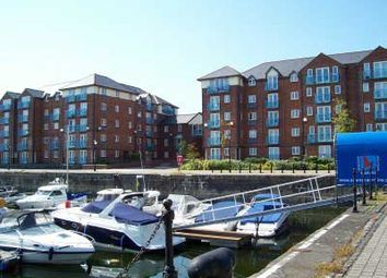 2 bed flat to rent in Cork House, Marina, Swansea. SA1