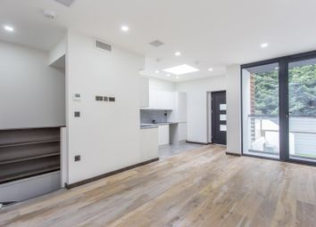 Thumbnail 3 bedroom property for sale in Frognal, London