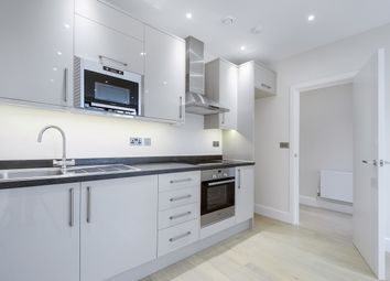 Thumbnail 2 bedroom flat to rent in Barnsbury Lane, Surbiton