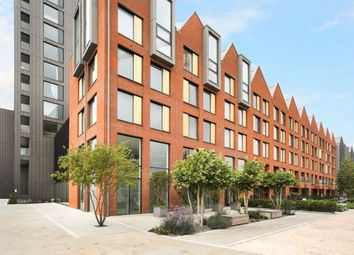 Thumbnail 4 bed flat to rent in Central Avenue, Fulham Riverside, Parsons Green, London