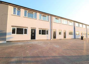Thumbnail 1 bed flat to rent in Sutcliffe Avenue, Grimsby