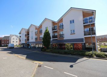 Thumbnail 2 bed flat for sale in Falcon Way, Bracknell