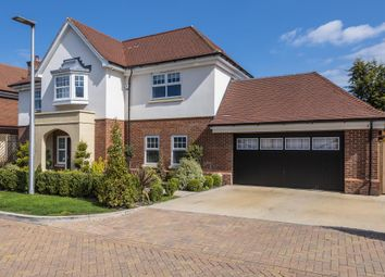 Thumbnail 5 bedroom detached house for sale in Mayfield Place, Windsor