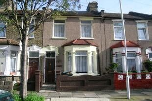 Thumbnail 2 bedroom terraced house to rent in Edinburgh Road, London