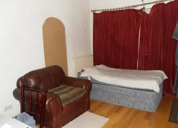 Thumbnail 1 bed property to rent in Erith Road, Belvedere, Kent