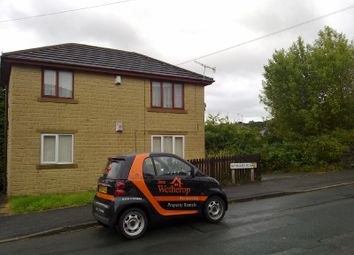 Thumbnail 1 bed flat to rent in Winnard Row, Birch Lane, Bradford