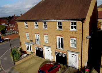Thumbnail 3 bed town house for sale in Rawlinson Road, Maidenbower, Crawley