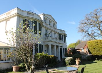 Thumbnail 2 bed flat to rent in Grams Road, Walmer