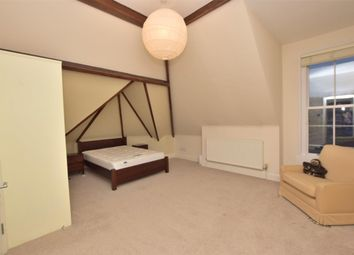 2 bed flat to rent in Kingsley House Upper Oldfield Park, Bath, Somerset BA2