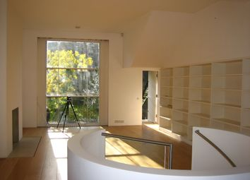 2 bed maisonette to rent in Elgin Crescent, Notting Hill, London W11