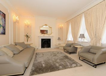 Thumbnail 4 bed terraced house to rent in High Street, Eton