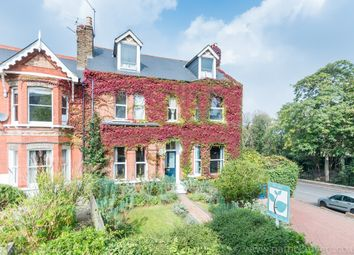 Thumbnail 6 bed property for sale in Overhill Road, London