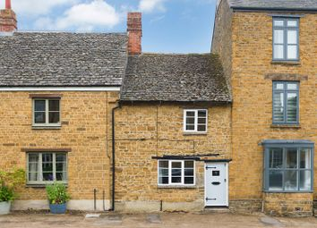 Thumbnail 2 bed cottage to rent in High Street, Deddington, Banbury