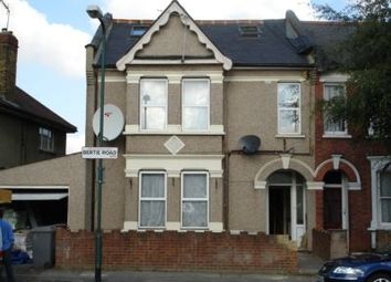 Thumbnail 4 bedroom flat to rent in Bertie Road, Willesden Green
