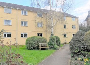 Thumbnail 2 bed flat for sale in Forester Road, Bath