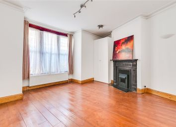 3 bed maisonette to rent in Yukon Road, London SW12