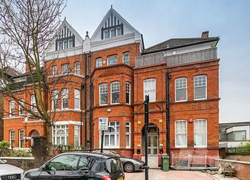3 bed maisonette to rent in Frognal, Hampstead NW3