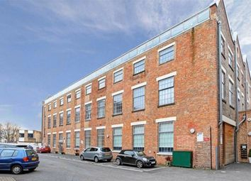 Thumbnail 3 bed flat to rent in Off Holloway Road, Islington