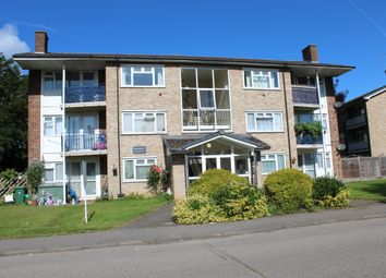 57 Grove Crescent, Croxley Green WD3. 2 bed flat for sale