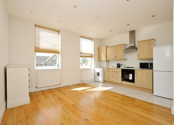 Thumbnail 2 bedroom flat to rent in Chatsworth Road, London
