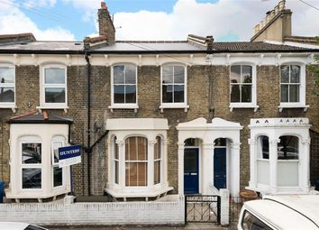Thumbnail 1 bed flat to rent in Geldart Road, Peckham