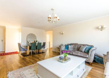 Thumbnail 3 bedroom flat for sale in Salisbury Court, Salisbury Avenue, Finchley Central