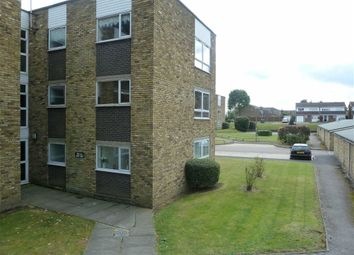 Thumbnail 1 bedroom flat to rent in Lampits, Hoddesdon, Hertfordshire