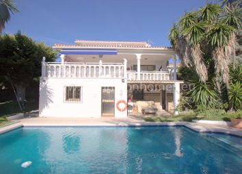 Thumbnail 3 bed villa for sale in Hacienda Guadalupe, Duquesa, Manilva, Málaga, Andalusia, Spain