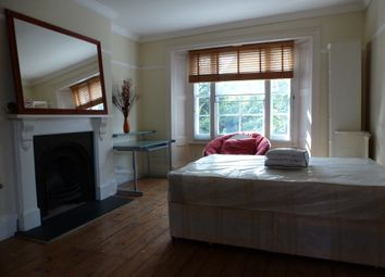 Thumbnail 4 bed triplex to rent in Blackheath Road, Greenwich