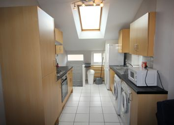 Thumbnail 6 bed duplex to rent in Newlands Road, Jesmond