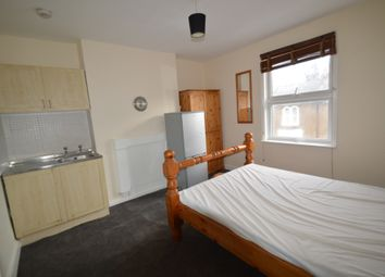 Thumbnail Room to rent in Elmdene Road, Woolwich, London
