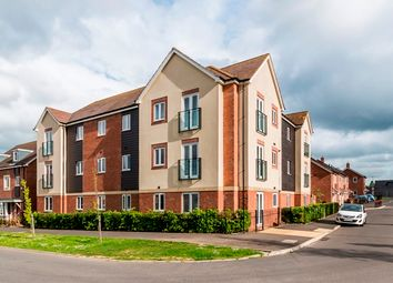 Thumbnail 2 bed flat for sale in Stirling Court, Malvern